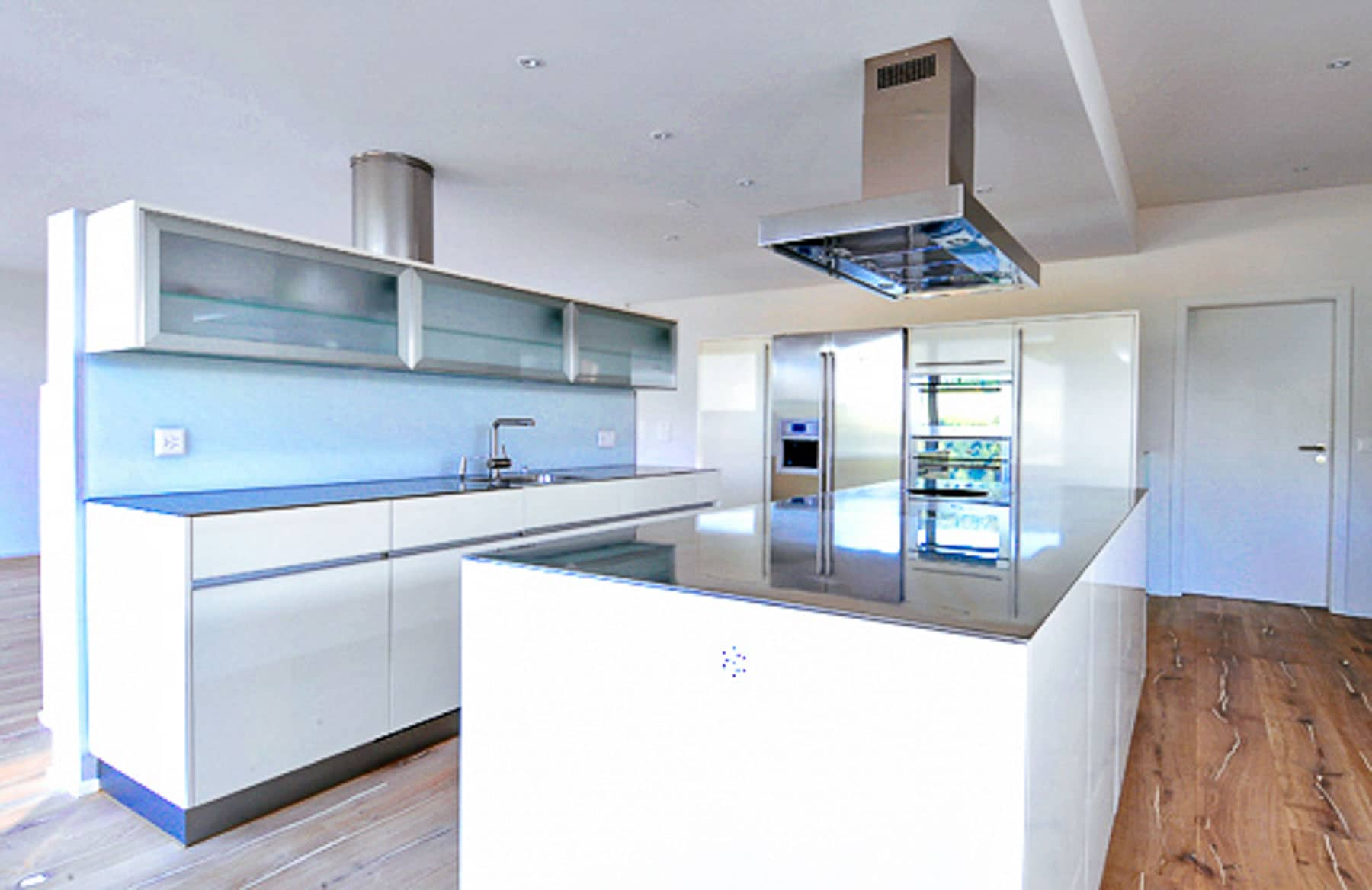 08-Küche leer–bearbeitet