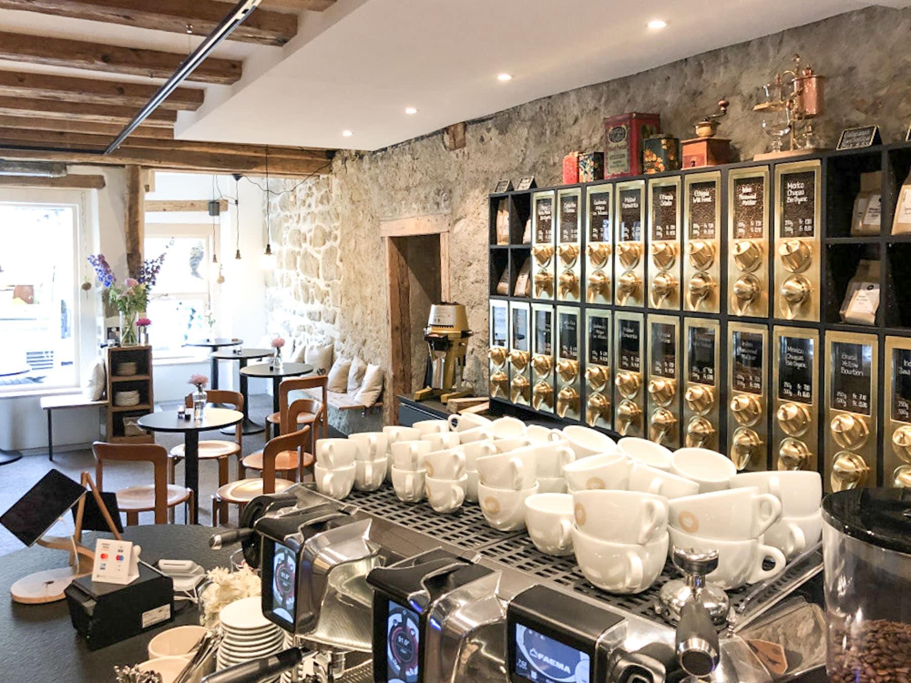 14-Kaffeeladen-bearbeitet